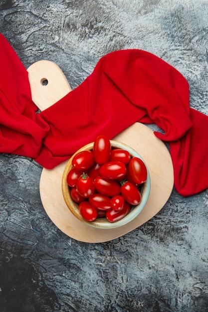 上面図新鮮な赤いトマト 無料写真