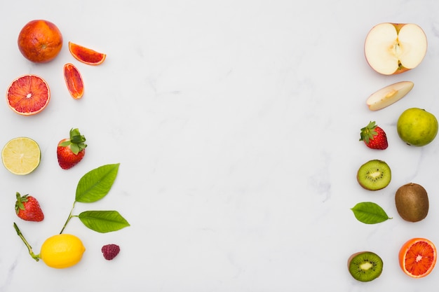 Top view fruits line Free Photo