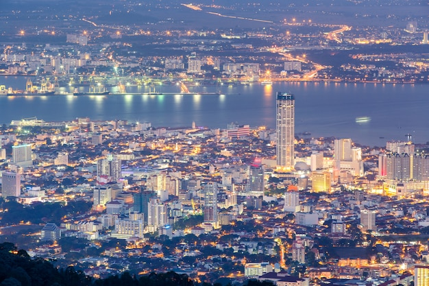 Top view of georgetown, capital of penang island, malaysia from top of penang hill. Premium Photo