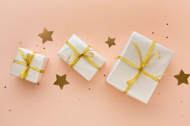 Вид сверху подарки для вечеринки Бесплатные Фотографии