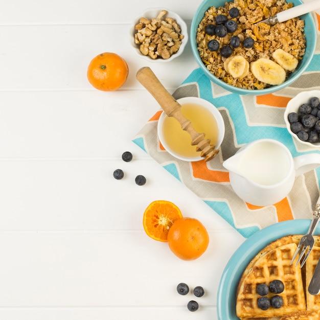 Top view healthy breakfast Free Photo