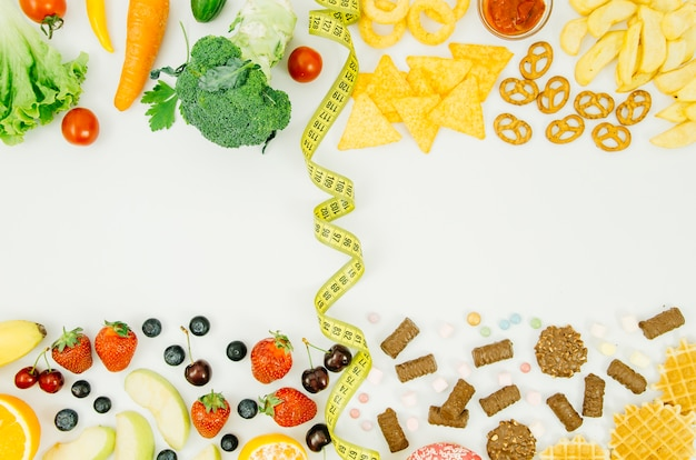 Top view healthy food vs unhealthy food Free Photo