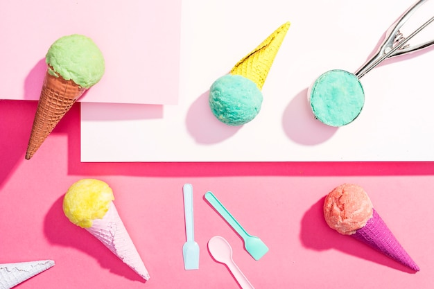 テーブルの上のトップビューアイスクリーム 無料写真