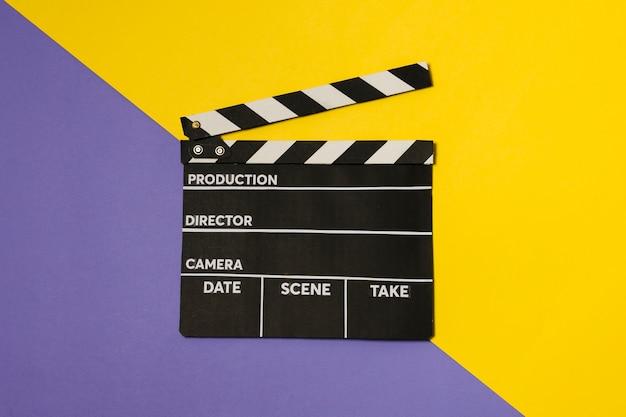 Vista dall'alto film ardesia sul tavolo Foto Gratuite