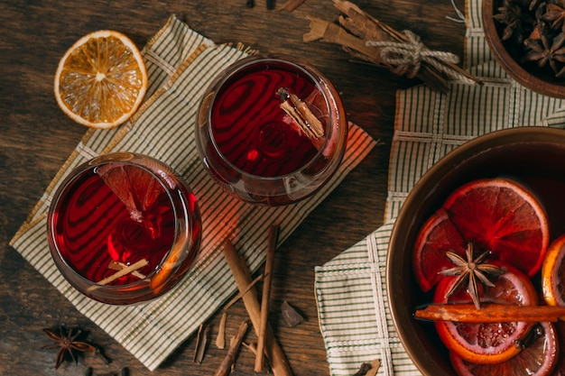 Top view mulled wine with star anise Free Photo