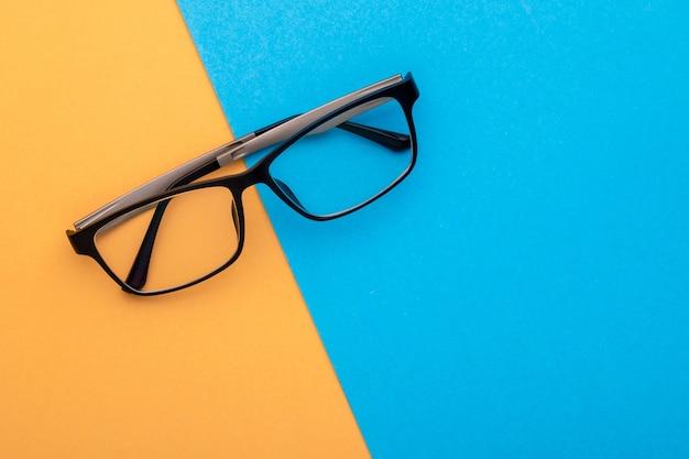 トップビューの新しい眼鏡 Premium写真