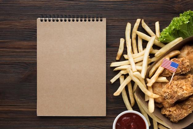 Вид сверху американской еды с копией пространства Бесплатные Фотографии