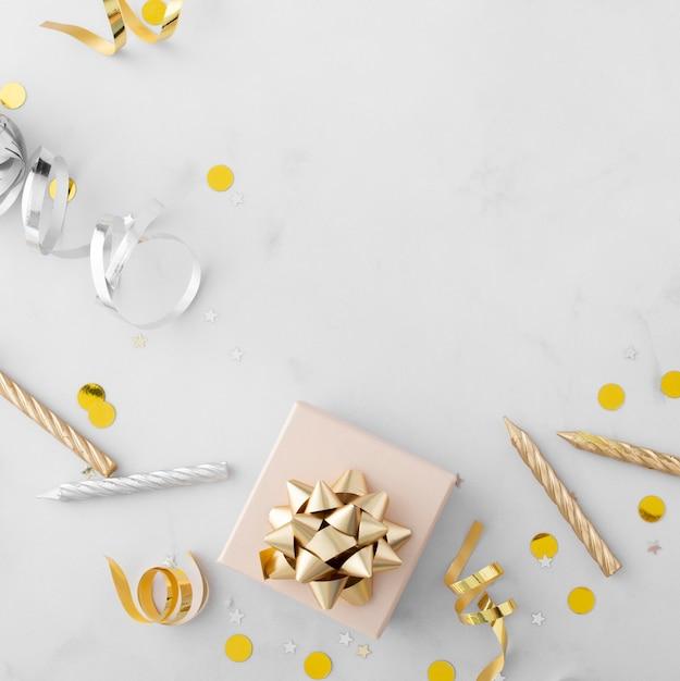 아름다운 생일 개념의 상위 뷰 무료 사진