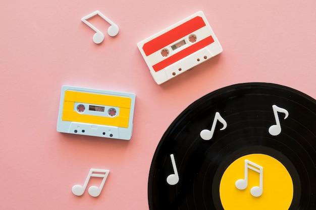 Вид сверху красивой музыкальной концепции Premium Фотографии
