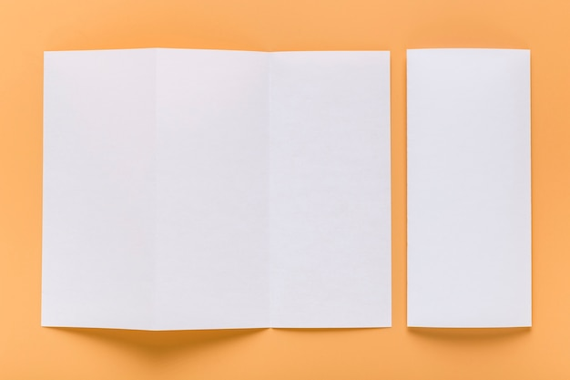 空白のメニュー用紙の平面図 無料写真