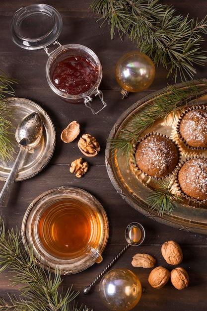 Вид сверху рождественских десертов с джемом Бесплатные Фотографии