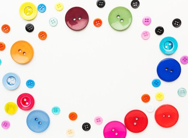コピースペースのあるカラフルなボタンの上面図 Premium写真