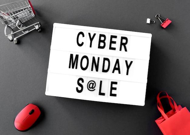 마우스와 가방이있는 사이버 월요일 라이트 박스의 상위 뷰 무료 사진