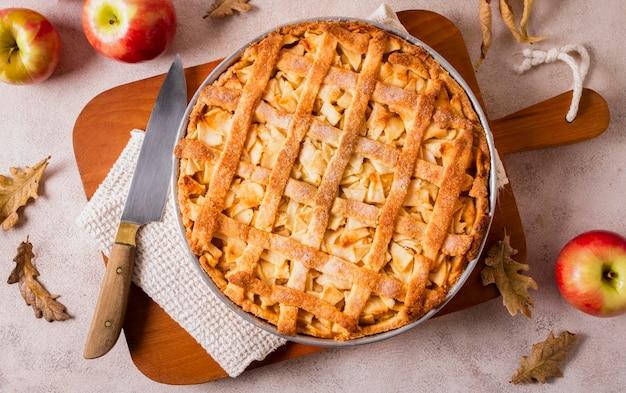 Вид сверху вкусного яблочного пирога на день благодарения Premium Фотографии
