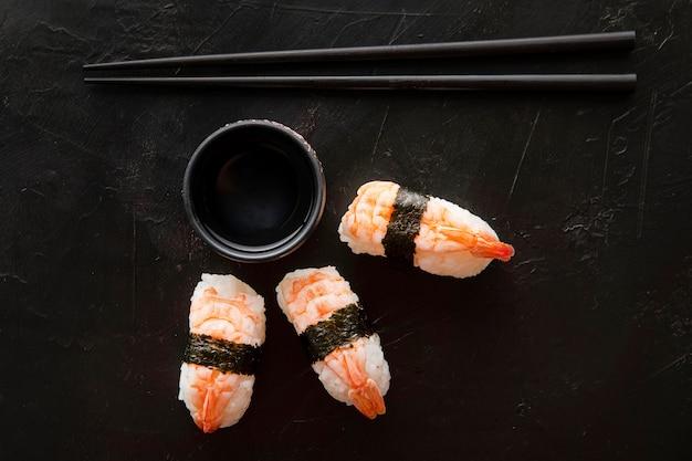 Вид сверху вкусной концепции суши Premium Фотографии