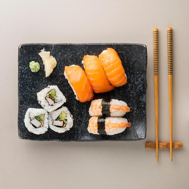 美味しいお寿司のコンセプトのトップビュー Premium写真