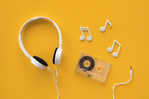 Вид сверху музыкальной концепции наушников Premium Фотографии