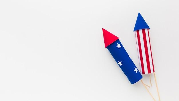 Вид сверху на день независимости фейерверк с копией пространства Бесплатные Фотографии