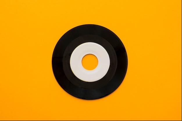 Вид сверху музыкальной концепции с винилом Бесплатные Фотографии