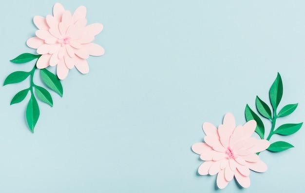 Вид сверху бумажных весенних цветов Бесплатные Фотографии