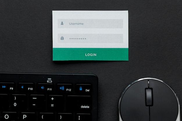Вид сверху имени пользователя и пароля с помощью мыши и клавиатуры Бесплатные Фотографии