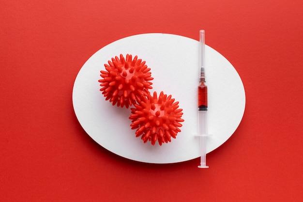 Вид сверху вирусов с вакциной Бесплатные Фотографии