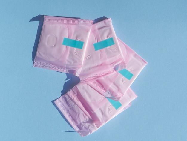 ピンクのラッピングプラスチックのトップビューパッド 無料写真