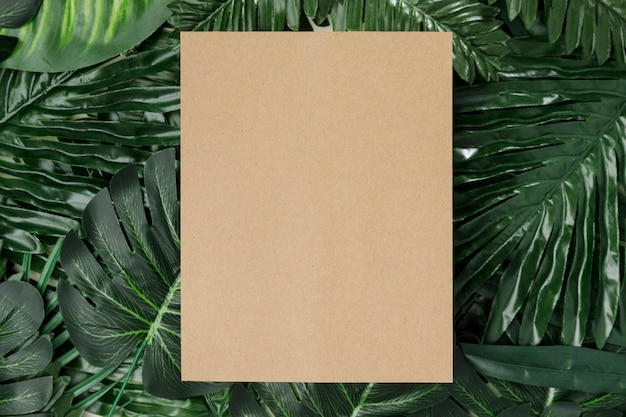 Top view palm leaves with copy space Free Photo