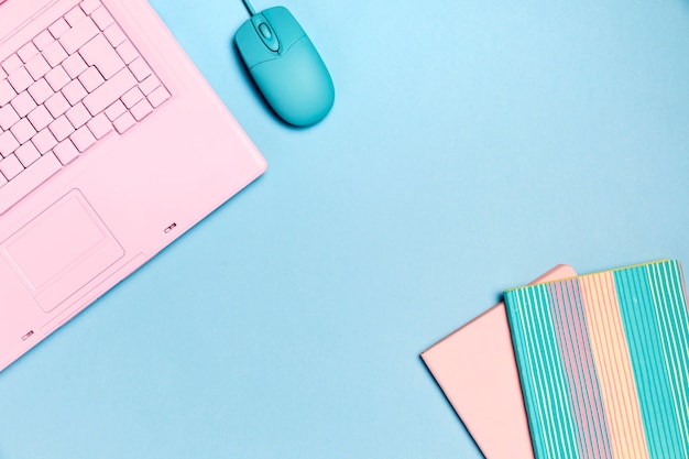 Top view of pink keyboard with copyspace Free Photo