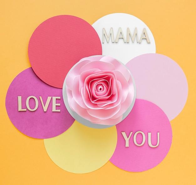 Fiore di carta rosa vista dall'alto Foto Gratuite