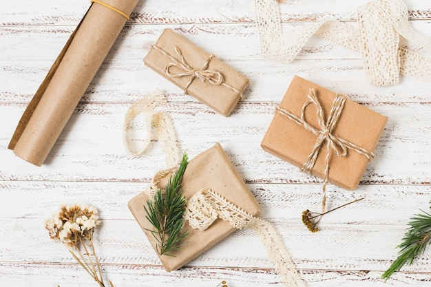 Top view of presents with wrapping paper Free Photo