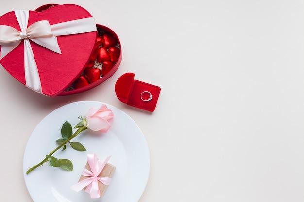 Top view romantic arrangement with copy-space Free Photo