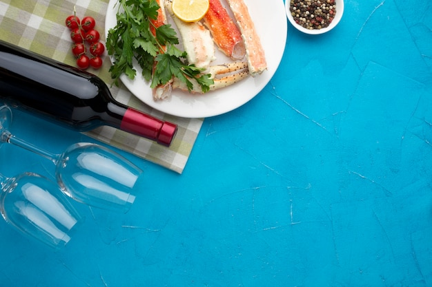 Top view seafood dish with wine Free Photo