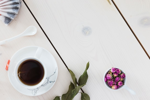 Top view tea cup on wooden table Free Photo