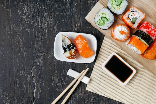Top view traditional japanese sushi with copy space Free Photo