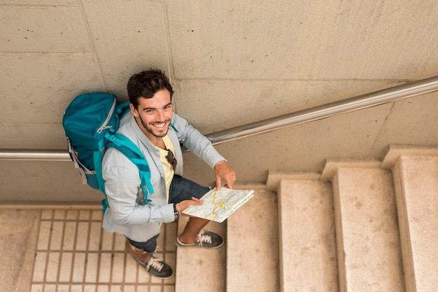 Top view traveler on stairs Free Photo