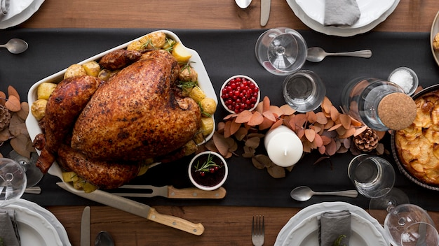 Top view turkey prepared forthanksgiving day Free Photo