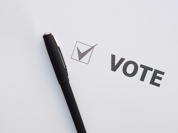 Top view voting checked box Free Photo