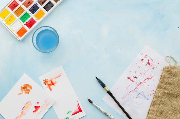 Top view watercolor materials Free Photo