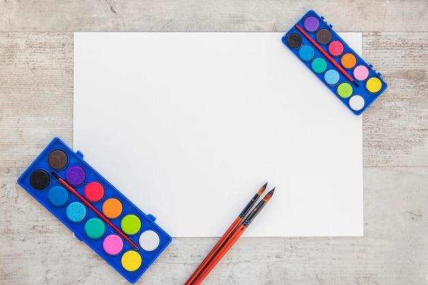 Вид сверху акварельные краски копировать пространство пустая страница Бесплатные Фотографии