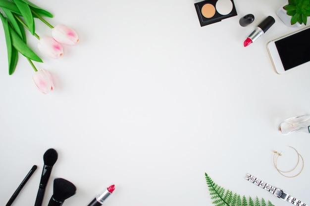 상위 뷰 작업 공간, 본사. 여성 패션 프리미엄 사진