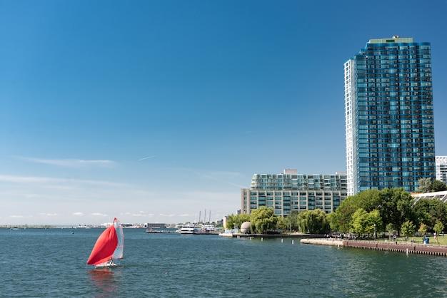 Город торонто и озеро онтарио Premium Фотографии