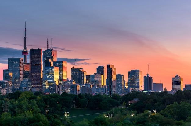 Toronto city view from riverdale avenue. ontario, canada - day Premium Photo
