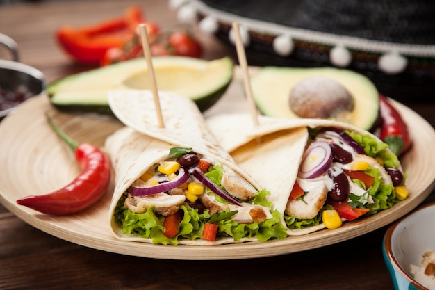 Tortilla with a mix of ingredients Premium Photo