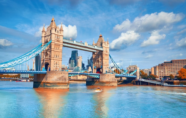 Tower bridge on a bright sunny day in autumn Premium Photo
