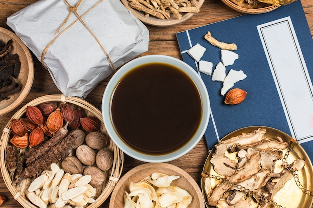 Traditional chinese medicine Premium Photo