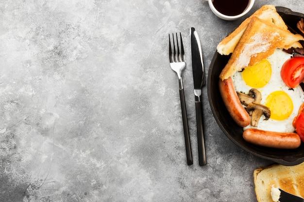 Traditional english breakfast Premium Photo