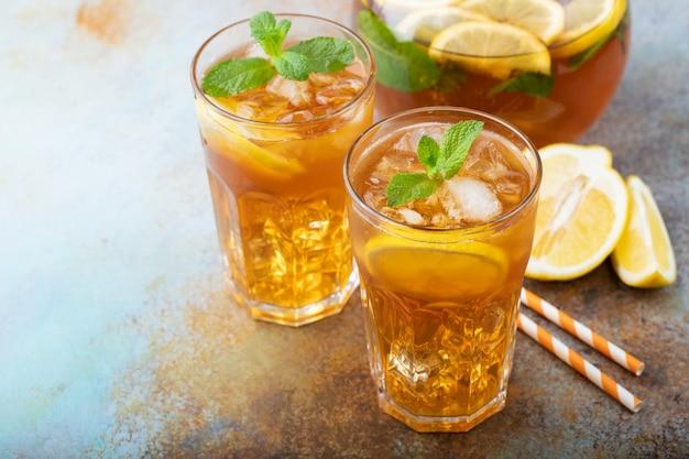 Traditional iced tea with lemon. Premium Photo