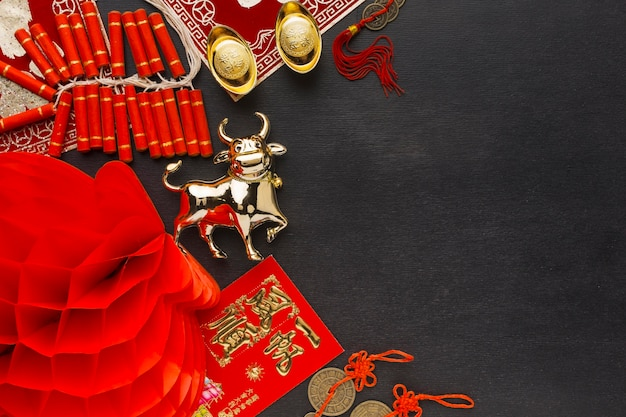 Traditional new year chinese ox copy space top view Free Photo