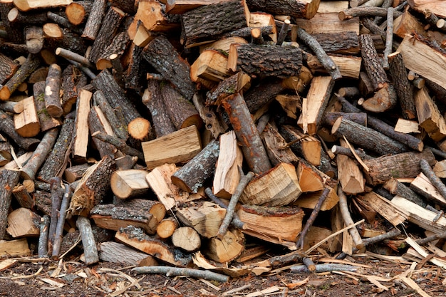 Traditional pile of chopped fire Premium Photo